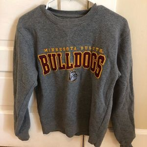 UMD bulldogs sweatshirt
